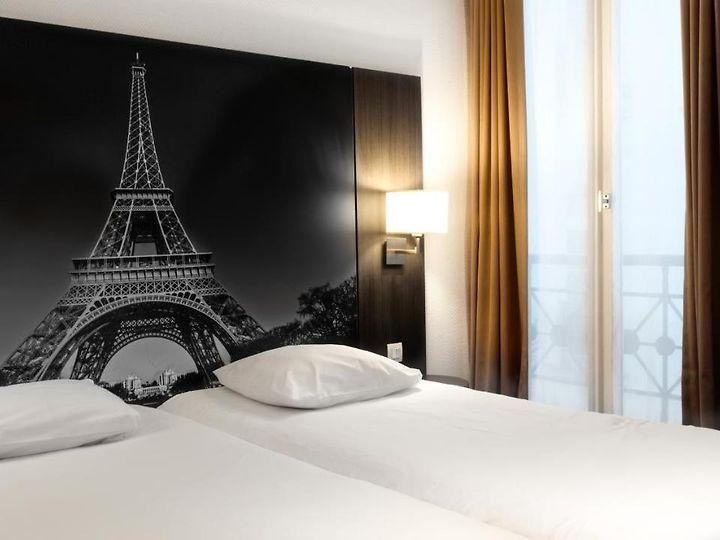 Camera Matrimoniale Per Uso Singolo.Victoria Parigi